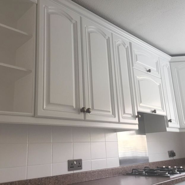 White Painted Kitchen Units
